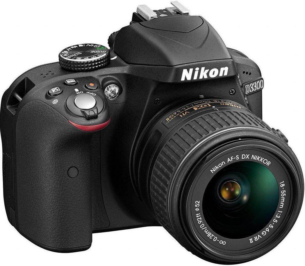 Nikon D3300   24MP SLR mit AF S DX 18 55 VR II Objektiv für 349,99€
