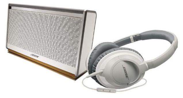 Mobile Speaker II Bose SoundLink Bluetooth Mobile Speaker II mit weißer Lederabdeckung + AE 2i Kopfhörer für 249€