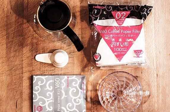 Hario Handfilter Set mit 1,5kg Gourmet Kaffee ab 39,50€