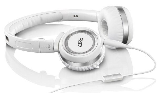 AKG K452 Mini Over Ear Kopfhörer mit Knopf Steuerung und Mikrofon für ca. 39€