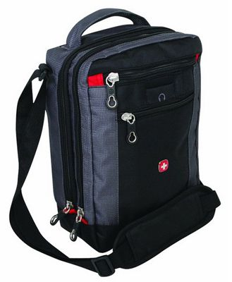 Wenger Travel Accessories   Vertical Boarding Bag für 17,95€