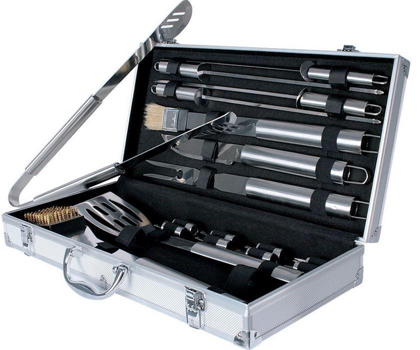 Barbecue Grillbesteck Broil Master Grillbesteck   Koffer Set mit 18 Teilen für nur 14,95€