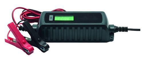 Medion MD 13323 KFZ Batterieladegerät für 6V / 12V mit Überhitzungsschutz für 9,95€