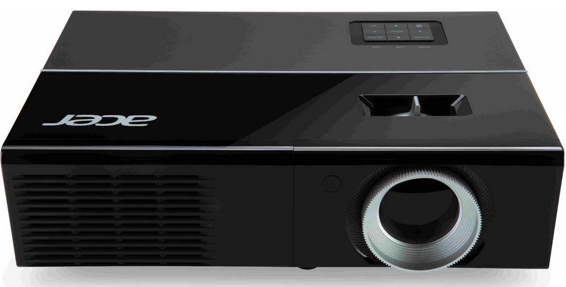 Acer P1276   DLP Projektor mit XGAund 3D für 349€