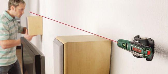 Bosch PLL 5 Laser Wasserwaage mit Wandhalterung für 24,90€ (statt 32€)