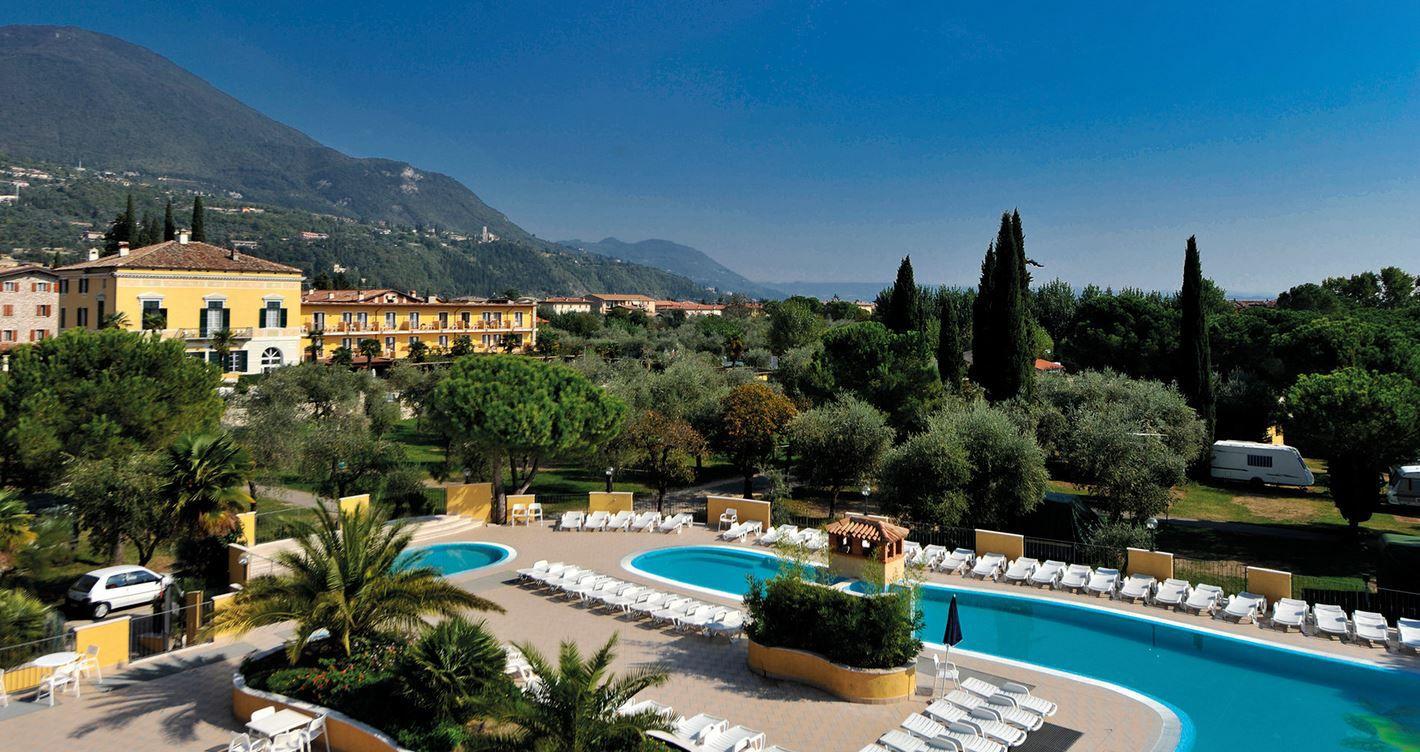 Italien Urlaub Gardasee: 3 Übernachtungen im 4 Sterne Hotel Antico Monastero inkl. Vollpension ab 99€