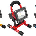 NINETEC – 10W LED Akku USB Strahler in drei Farben für je 24,99€