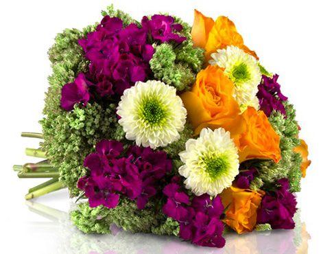 Herbststrauß Leonie mit orangenen Rosen für 18,90€