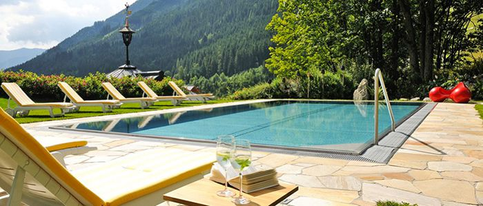 2 7 Nächte Verwöhnurlaub im TOP 4* Saalbacher Hof mit Halbpension ab 170€ p.P.