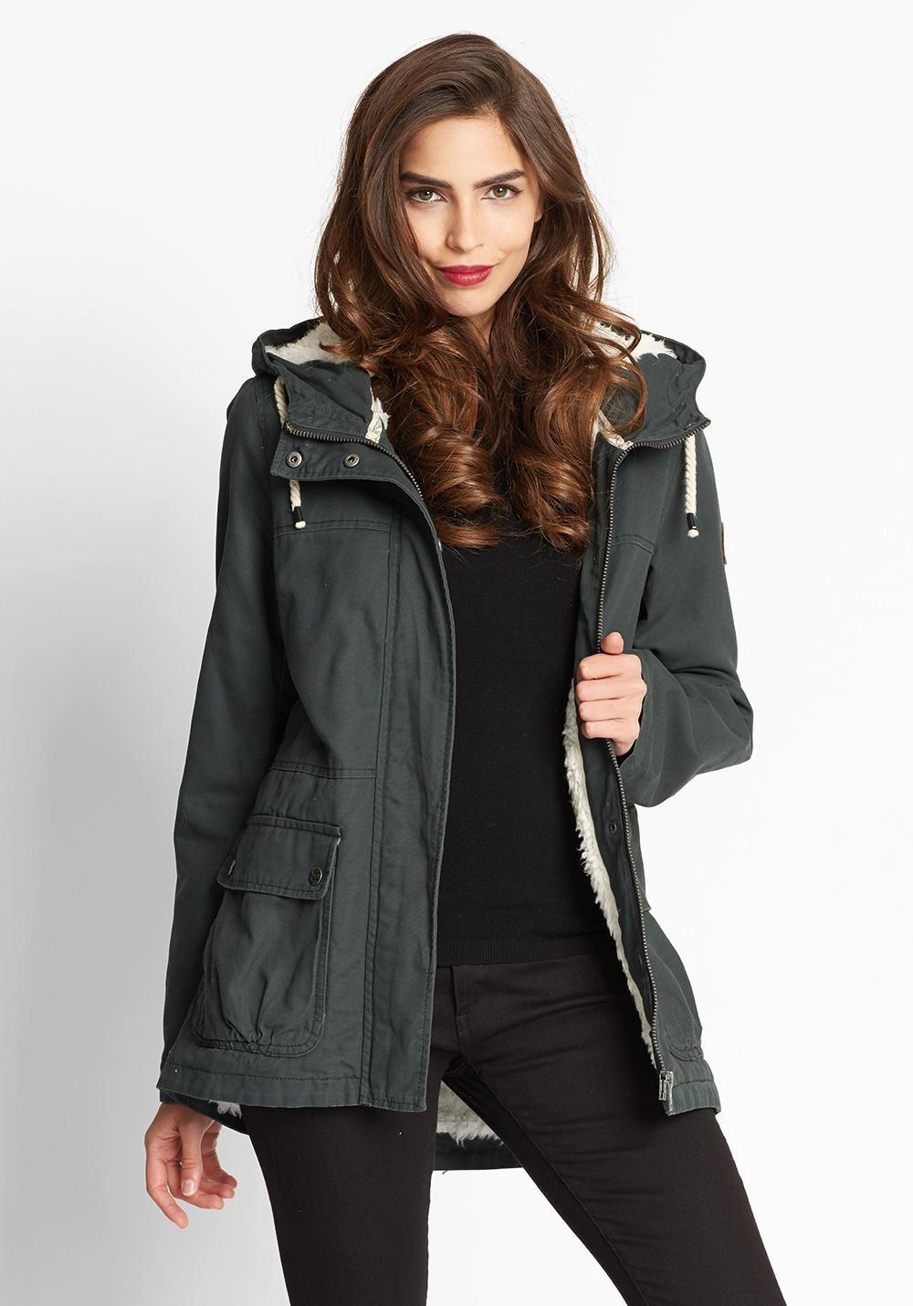 frontlineshop mit 30% Rabatt auf Damen Jacken und Mäntel und 20% Extra Rabatt auf alles!