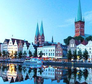 3 5 Tage Lübeck im 4 Sterne Hotel inkl. Frühstück und Hafenrundfahrt ab 89€ pro Person