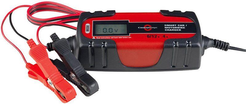KFZ Batterieladegerät mit LC Display MEDION (MD 15442) für 14,95€ (statt 24,95€)