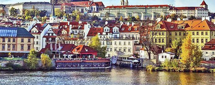 Corinthia Hotel Prague 2 ÜN in Prag an Silvester inkl. Frühstück, Happy Hour Preise & Late Check Out für 160€ p.P.