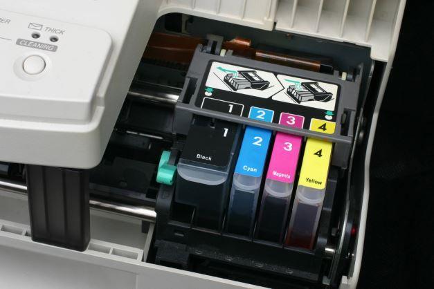 Druckerpatronen in einem Drucker Der beste Billig Drucker (Laserdrucker)
