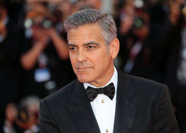 George Clooney im Anzug Kaufberatung: Die besten Kultfilme und Serien
