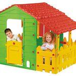 Schnell? Mein Farmhaus Spielhaus mit Gartenzaun für 73,53€ (statt 140€)