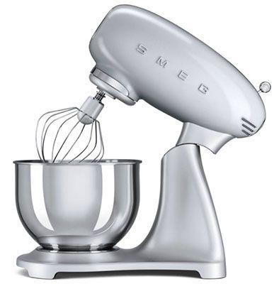 Ausverkauft! Smeg SMF01SVEU 4,8 L Küchenmaschine für 355,60€ (statt 415€)