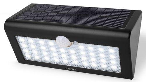 Albrillo LED Solar Außenleuchte mit Bewegungsmelder ab 19,99€ (statt 28€)
