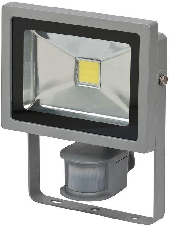 Brennenstuhl L CN 120   LED Leuchte 20W mit PIR Infrarot Bewegungsmelder für 39,95€