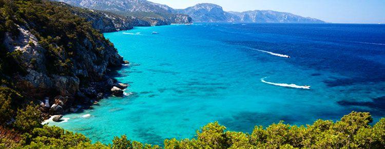 8 Tage Sardinien im 4* Hotel Apartment, Flug & Mietwagen ab 377€ p.P.