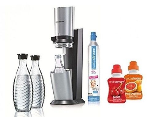 SodaStream Crystal + 3 Glaskaraffen + 60L Zylinder + Sirup für 99,99€ (statt 108€)