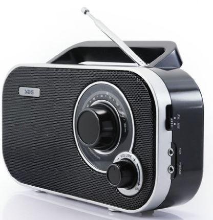 SEG KR 121 Tragbares Koffer Radio SEG KR 121 tragbares Radio UKW/MW für 14,99€ (statt 22€)