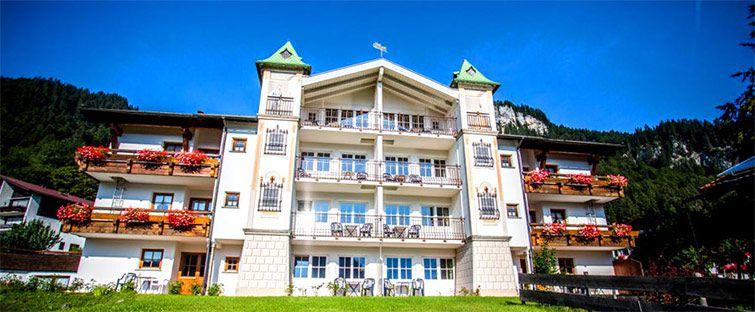alphotel tease 3 Tage in Oberstdorf in einem 4* Hotel inkl. Halbpension & Wellness ab 139€ p.P. + 30€ Rabatt