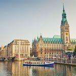 2 ÜN in Hamburg im 4* Hotel inkl. Frühstück, Wellness, Hafenrundfahrt & Tickets für ÖPNV ab 129€ p.P.