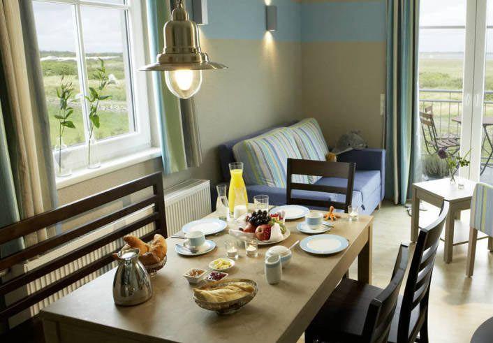 Pricedrop: 2 ÜN im 4*S Dorfhotel Sylt mit Frühstück, Spa, Strom und Endreinigung ab 119€ p.P