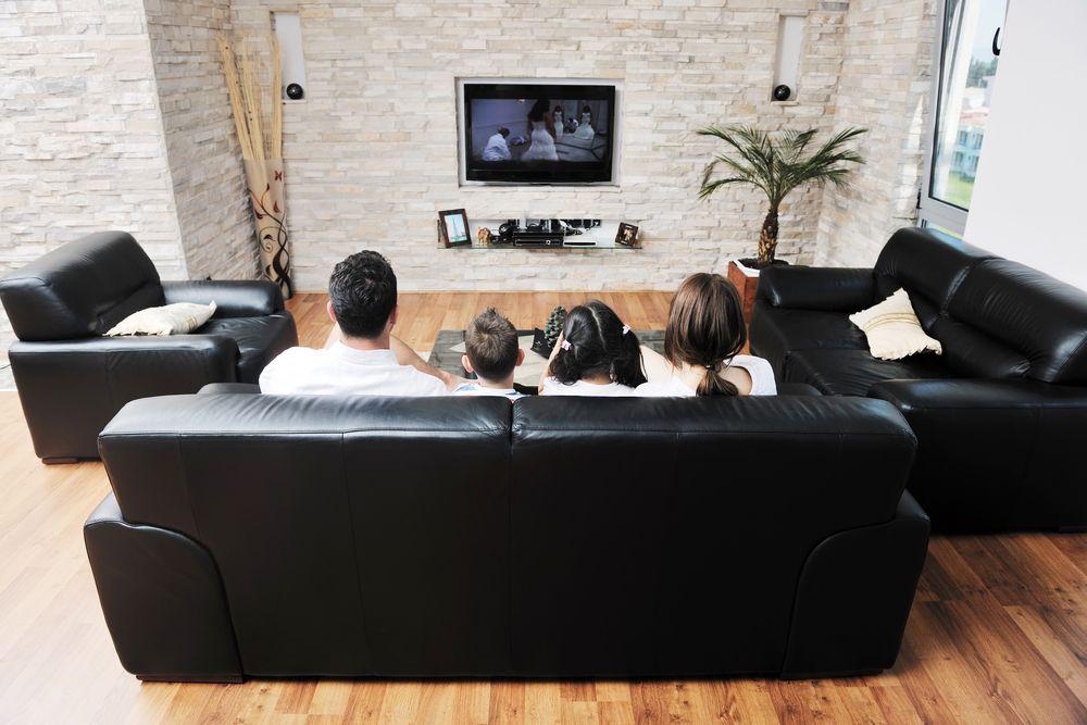 Familie schaut einen Film Burning Series legal ?
