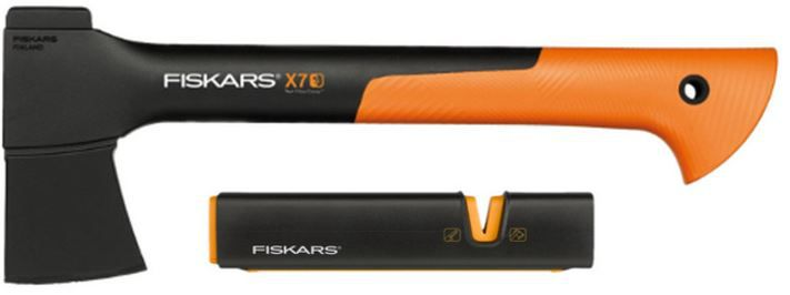 Fiskars X70 Fiskars   Universalaxt X7 XS inkl. Messerschärfer XSharp für 29,99€