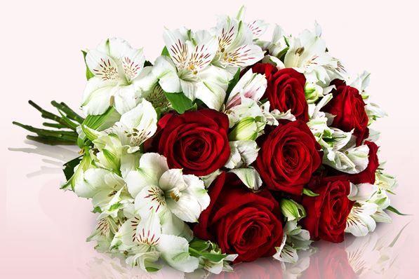 Gloria Classic Blumenstrauß für nur 17,95€