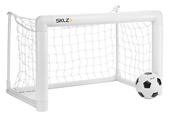 SKLZ Mini Fußballtor + Schaumstoffball für 19,95€ (statt 36€)