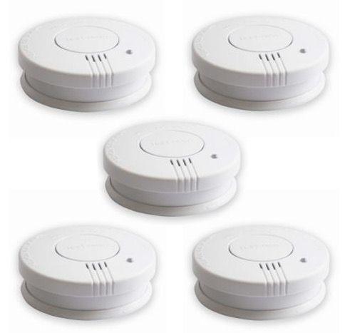 5er Pack Rauchwarnmelder DIN EN 14604 inkl. Batterien für 16,99€