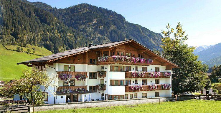 3   7 ÜN im 4* Sternehotel inkl. Verwöhnpension, Wellness & Massage ab 129€ p.P.