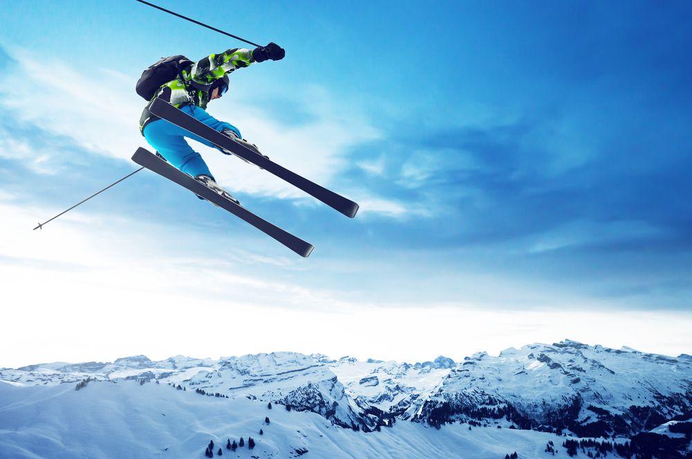 Skiurlaub Skiurlaub in den Alpen – So spart man richtig viel Geld!