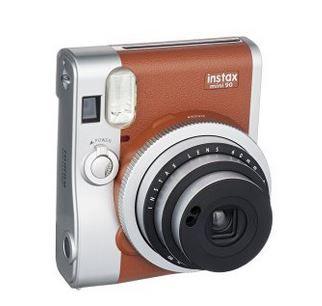 Fujifilm Instax Mini 90 Neo Classic   Sofortbildkamera für 109,99€