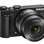 Nikon 1 J5 Systemkamera mit 4K inkl. 10-30 mm für 366,78€ (statt 415€)
