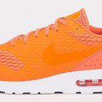 Nike Air Max Tavas Special Edition in Orange für 53,99€ (statt 107€)