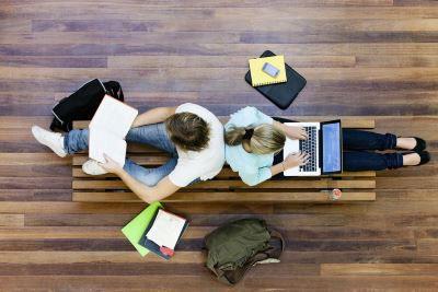 Steuererklärung am PC Steuererklärung für Studenten: Mit DIESEM Trick kann man mehrere Tausend Euro sparen!