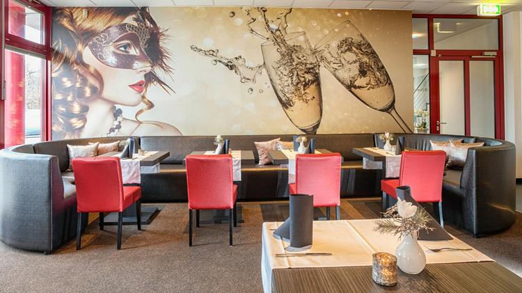 2 3 ÜN im 4* Sternehotel inkl. Frühstück, Candle Light Dinner, Sauna und Erlebnisbad ab 99€ p.P.