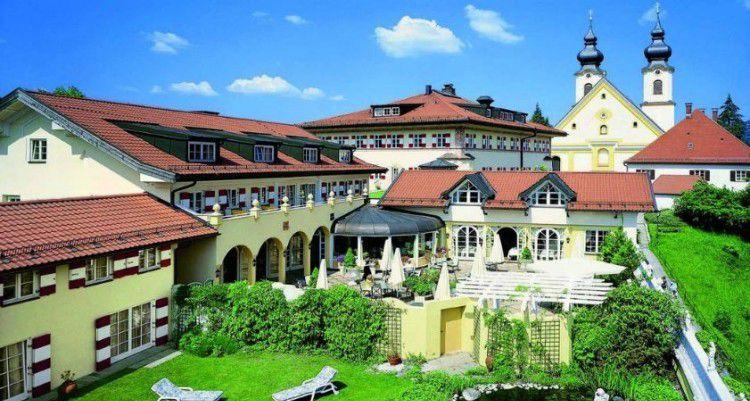 2,3 oder 5 ÜN im 5* Hotel im Chiemgau inkl. 5 Gänge Gourmet Dinner, Frühstück & Wellness ab 219€ p.P.