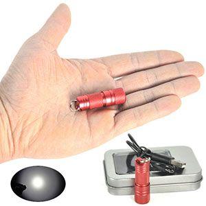 Mini Taschenlampe Boruit mit Cree XPE2 LED und ~300 Lumen für 13,26€
