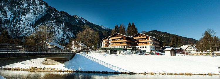 pakhotelsonnte 2 ÜN in Oberammergau inkl. HP & Wellness (1 Kind bis 5 kostenlos) ab 89€ p.P.