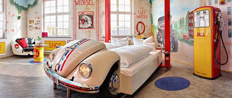 v8 teaser 2 ÜN bei Stuttgart im V8 Hotel inkl. Museum (Porsche oder Mercedes), Frühstück & Wellness ab 179€ p.P