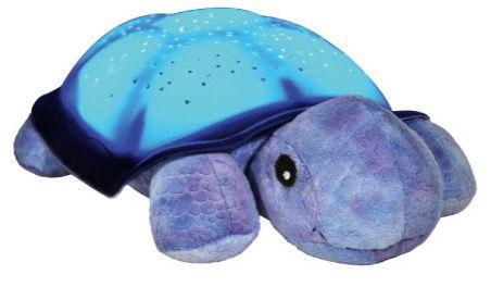 cloud b Twilight Turtle für 26,99€ (statt 40€)   Kuscheltier mit Sternenhimmel Projektor