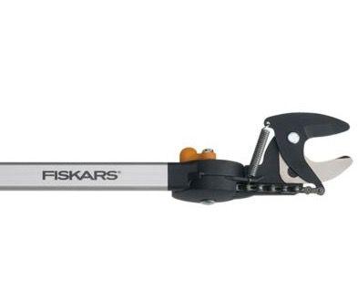 Fiskars Teleskop Schneidgiraffe für 79,99€ (statt 88€)