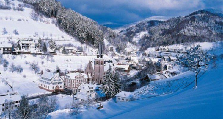 35 e1484843197192 3, 4 oder 7 ÜN im 3,5* Hotel im Schwarzwald inkl. HP, 5 Gänge Dinner und Sauna ab 199€ p.P.