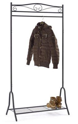 Garderobe aus Metall mit Schuhablage für 24,99€