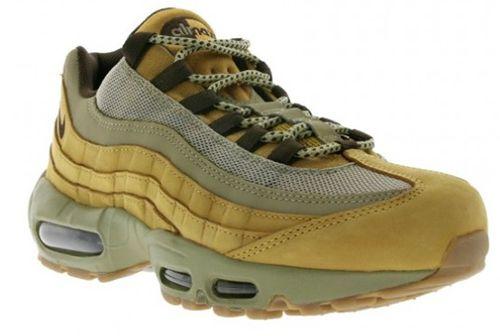Nike Air Max 95 Premium Herren Sneaker für 89,99€ (statt 135€)